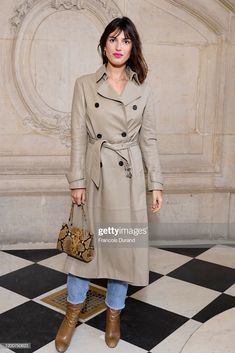 Jeanne Damas attends the Dior Haute Couture Spring/Summer 2020 show as part of Paris Fashion Week on January 2020 in Paris, France. Dior Haute Couture, Style Couture, Couture Fashion, Jeanne Damas, Fashion Week, Paris Fashion, High Fashion, Style Chic Parisien, Parisian Chic Style