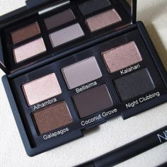 """Swatches and review of the famous NARS """"And God Created The Woman"""" palette"""