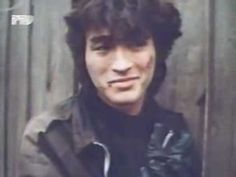 80s Russian rock - Victor Tsoi - blood group (blood type) - http://music.onwired.biz/rock-music-videos/80s-russian-rock-victor-tsoi-blood-group-blood-type/
