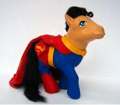 My Little Pony-- Superman By: Mari Kasurinen