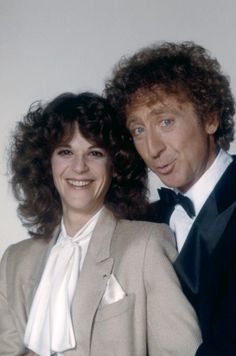 Gilda Radner + Gene Wilder - miss her and I'm sure he does, too! I think Lucille Ball & Gilda were the funniest women ever! Hollywood Couples, Celebrity Couples, Hollywood Stars, Classic Hollywood, Old Hollywood, Gilda Radner, Cinema, People Of Interest, Famous Couples