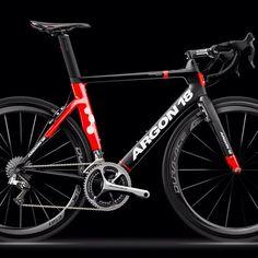 bikes-bridges-beer:  Argon 18 Nitrogen 2015 - Na próxima temporada a equipe NetApp passará a se chamar Bora-Argon, e esta bike será a provável escolha da renovada equipe. Photo: argon18bike.com http://ift.tt/Y5MHBJ