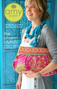 I'm not much for the clutch...but I love that it comes with instructions to make handbag or shoulder bag!