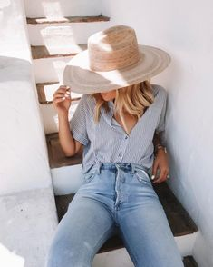 Summer Basics: They'll Never Go Out Of Style . - - Summer Basics: They'll Never Go Out Of Style … Summer Basics: They'll Never Go Out Of Style Club Outfits For Women, Summer Outfits Women, Trendy Outfits, Fashion Outfits, Clothes For Women, Fashion Tips, Womens Fashion, Summer Fashions, Dress Outfits
