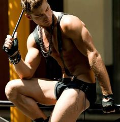 hot sexy gay men male muscles big bulge horny leather bondage kinky