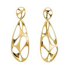 We'll show you a few gold earrings models here you'll like. Gold earring designs, beautiful gold earrings, gold earrings models in this photo gallery. #GoldJewelleryModel