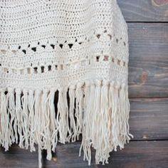 festival fringe crochet halter top in sand - shophearts - 4