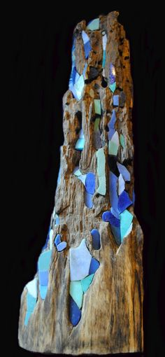 Naissance d'une mouvance [ bois - Bois flotté - bois érodé & mosaïque] Pascal Levaillant 2006-2014 Avant 2006, hors du champ de l'art du bois flotté, à ma connaissance il y avait peu ou prou de sculptures bois et mosaïque dans le monde de l'art C'est...