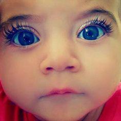 Blue eyes Haluun ton lapsen itelleni :D