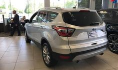 Nissan, Ford, Toyota sales rise behind strong truck volume Ford, Nissan, Honda and Toyota posted higher U.S. sales in October as the industry looked to maintain momentum after a strong September. FCA US and General Motors fell, but GM predicted a seasonally adjusted annual sales rate of 18 million. That would be ...