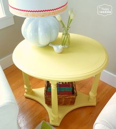 Mellow Yellow: DIY Chalk Paint Side Table | The Happy Housie