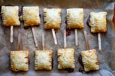 bite sized bake brie (with fig jam) Im not the biggest fan of Brie, but I will definitely be trying these out.