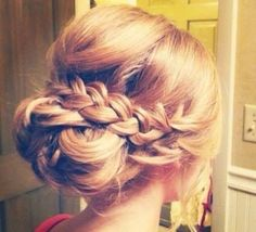 Hairstyle For Date
