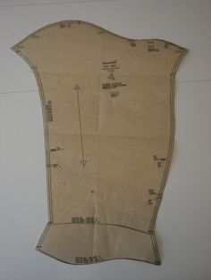 Mid 14th century sleeve with integrated gusset, from Simplicity 8725 (OOP). | via http://www.damehelen.com/cotes/index.html