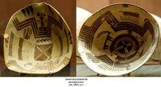 ceramică protoelamită perioada Susa I cca. 3500 î. Susa, Decorative Plates, Tableware, Home Decor, Dinnerware, Decoration Home, Room Decor, Tablewares, Dishes