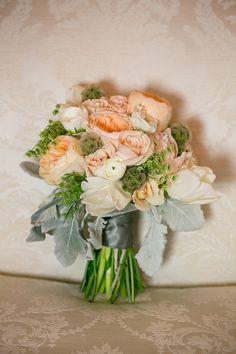 peach bouquet   Erin Johnson Photography   Glamour & Grace