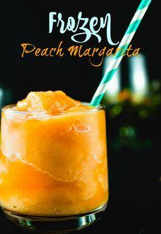 Refresh with this easy frozen peach Peach Margarita Recipes, Frozen Strawberry Margarita, Classic Margarita Recipe, Easy Margarita Recipe, Peach Drinks, Frozen Margaritas, Frozen Cocktails, Summer Cocktails, Frozen Drink Recipes
