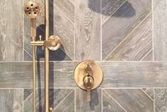 KBIS2016-trends-wood-plank-wall-tile-shower
