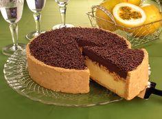 Torta de chocolate com maracujá