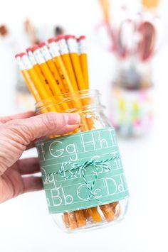 Easy Back To School Mason Jar Pencil Holders - Mason Jar Crafts Love