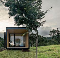 Na Fazenda Catuçaba, no Vale do Paraíba, São Paulo, uma nova visão das casas pré-fabricadas soma tecnologia, estilo, conforto e natureza