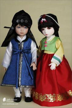 Ball jointed Doll To. Pretty Dolls, Cute Dolls, Beautiful Dolls, Kokeshi Dolls, Bjd Dolls, Korean Traditional, Traditional Outfits, Korea Dress, Doll Museum