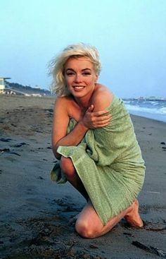 Marilyn Monroe photographed by George Barris ~ 1962