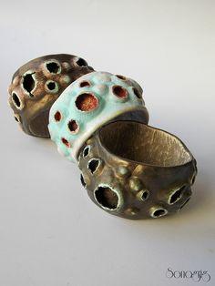 Ceramic Jewelry, Enamel Jewelry, Metal Jewelry, Jewelry Art, Beaded Jewelry, Handmade Jewelry, Jewelry Design, Fimo Ring, Polymer Clay Bracelet