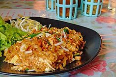 Original Thai Pad Thai (recipe with picture) Chefkoch.de - Original Thai Pad Thai (recipe with picture) Chefkoch. Easy Chinese Recipes, Thai Recipes, Asian Recipes, Healthy Recipes, Vietnamese Recipes, Healthy Food, Hamburger Meat Recipes, Sausage Recipes, Mushroom Recipes
