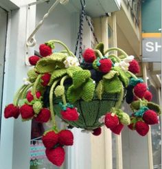 This Hanging Basket filled with Knitted Strawberry Plants is a FREE Pattern! Learn how to make the Strawberry Crochet Stitch from a FREE Tutorial too.