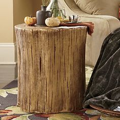 Stump Side Table...this would look good on the porch