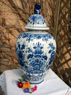 "Delft VASE w. LID Royal Porceleyne Fles 15.1."" flower lion on the top"