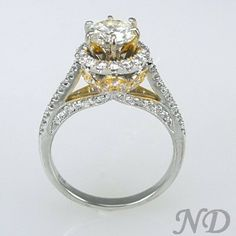 Engagement Rings :: 1.81 ct.Diamond Two Tone Engagement Ring