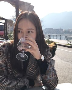 f(x) - Krystal Krystal Fx, Jessica & Krystal, Jessica Jung, Magazine Cosmopolitan, Instyle Magazine, Uzzlang Girl, My Baby Girl, Yoona, Snsd