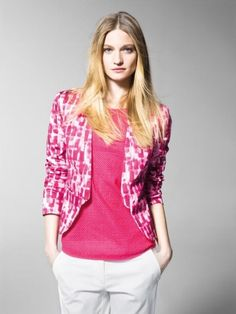 Giacca rosa e bianca  Collezione primavera estate 2013 United Colors of Benetton