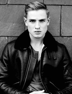 Cool Classy Rockabilly Look for Men with Short Hair