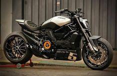 Moto Bike, Cafe Racer Motorcycle, Motorcycle Garage, Motorcycle Style, Ducati Motorbike, Yamaha Bikes, Ducati Diavel, Concept Motorcycles, Cool Motorcycles