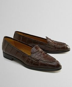 when i win the lottery Penny Loafers, Loafers Men, Men's Shoes, Dress Shoes, Urban Outfits, Men's Apparel, Brooks Brothers, Mens Clothing Styles, Swagg