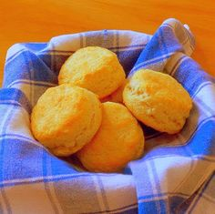 One Perfect Bite: Table forTwo - Biscuits for Two