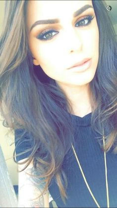 Cher Lloyd's make up