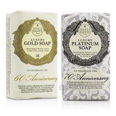 ขาย NESTI DANTE 60 Anniversary Luxury Gold Soap + 7070 Anniversary Luxury Platinum Soap Size 250g กำลังลด 16% เหลือ ฿980 เท่านั้น! ซื้อได้ที่ Shopee ตอนนี้เลย!https://shopee.co.th/proume_shop/783750606