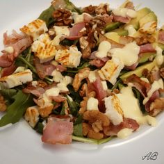 Salata bacon branza de capra.jpg