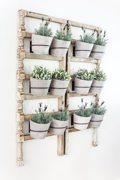 4 Thankful Clever Tips: Large Artificial Plants Silk Flower Arrangements artificial plants indoor diy.Artificial Grass How To Install artificial plants living room ideas.Artificial Flowers How To Make. Diy Wand, Plant Wall, Plant Decor, Mur Diy, Diy Wall Planter, Wall Planters, Concrete Planters, Hanging Planters, Planter Pots