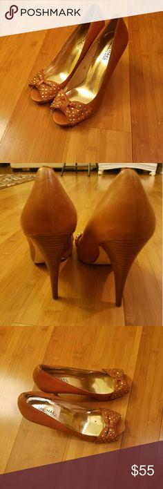 Michael Kors shoes Good condition. Michael Kors Shoes Heels