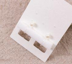 【50個】ノンホールピアス・イヤリング台紙用 スポンジ 4mm厚 日本製 【S0002】