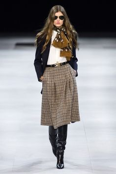 Celine Fall 2019 Ready Made Fashion Show .- Celine Fall 2019 Ready Made Fashion Show - Winter Fashion Outfits, Fall Fashion Trends, Autumn Fashion, Fashion Tips, Fall Outfits, Fashion Videos, Fashion Weeks, Fashion Details, Fashion Clothes