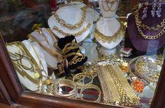 diamonds and gold jewelry flea market