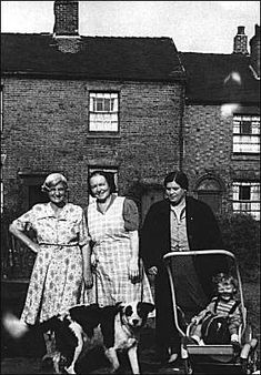 Group of Stoke-on-Trent mothers - 1956