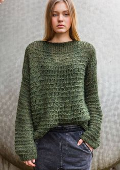 10% OFF Ready-to-ship. Easy wear ribbed moss green sweater.