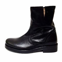 LENA MILOS black vintage boots #lenamilos #musthave #fw1415 #collection #bestseller #shopping #boutique #moda #girls